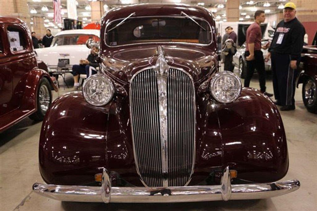 1937 Plymouth Sedan For Sale - 13332604 - 10