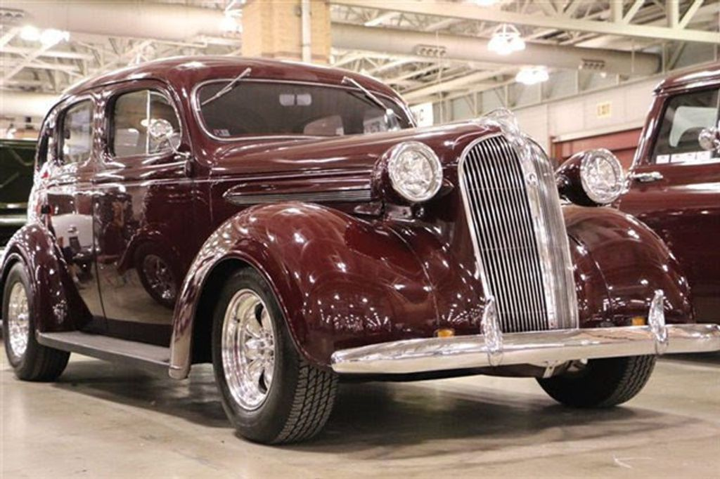 1937 Plymouth Sedan For Sale - 13332604 - 6