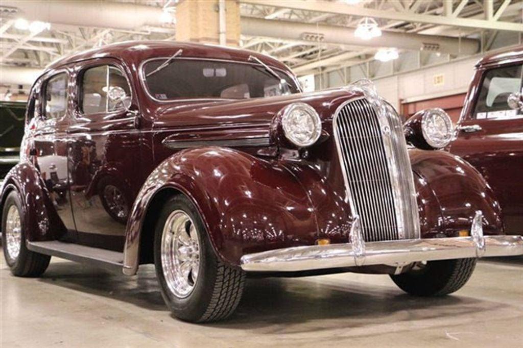 1937 Plymouth Sedan For Sale - 13332604 - 6