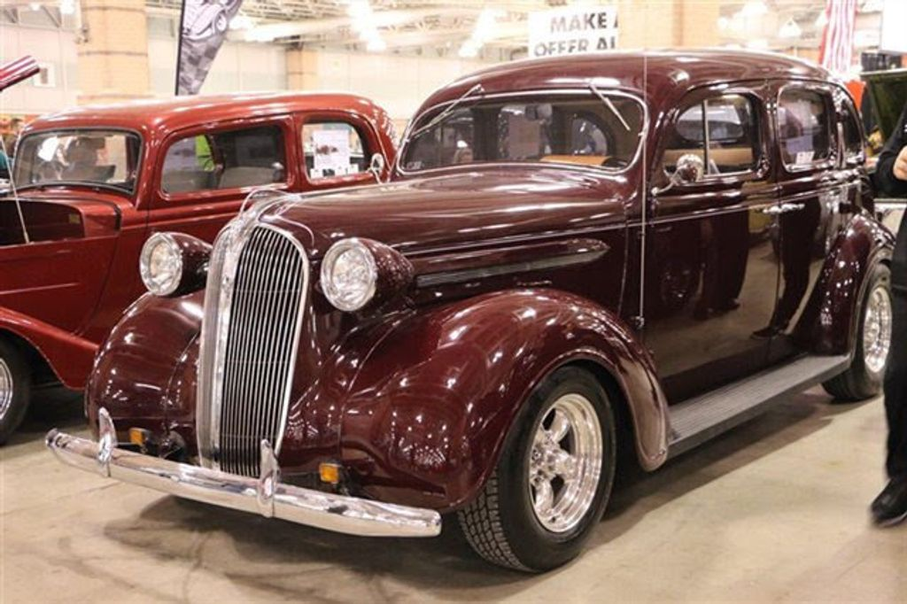 1937 Plymouth Sedan For Sale - 13332604 - 8