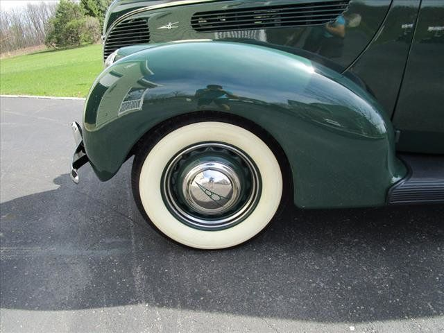 1938 Ford Deluxe For Sale - 16639385 - 12