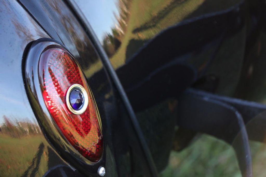 1939 Ford Deluxe Sedan - 17043978 - 34