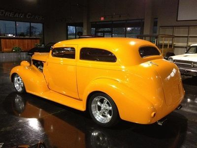 1939 Pontiac Silver Streak SOLD - Click to see full-size photo viewer