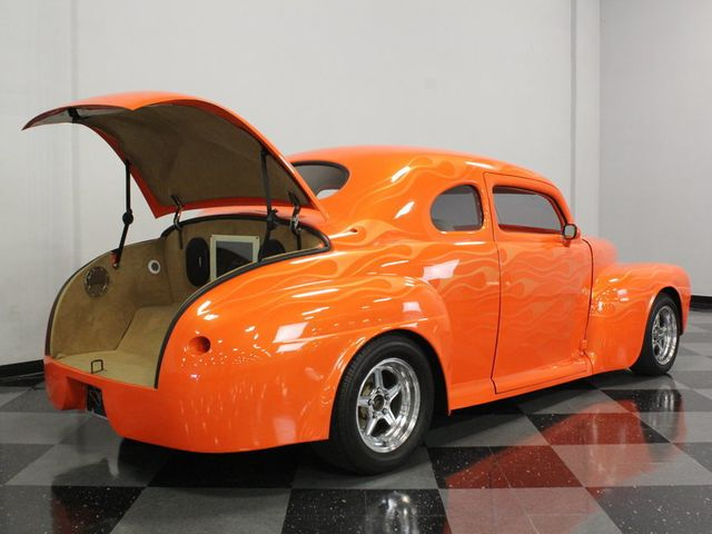 1946 Ford Club Coupe - 16589968 - 17