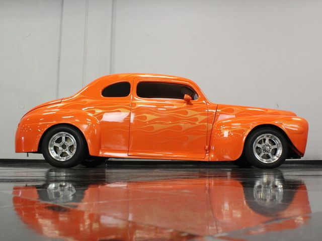 1946 Ford Club Coupe - 16589968 - 8