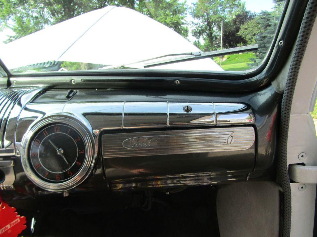 1948 Ford Sedan  - 16589501 - 33