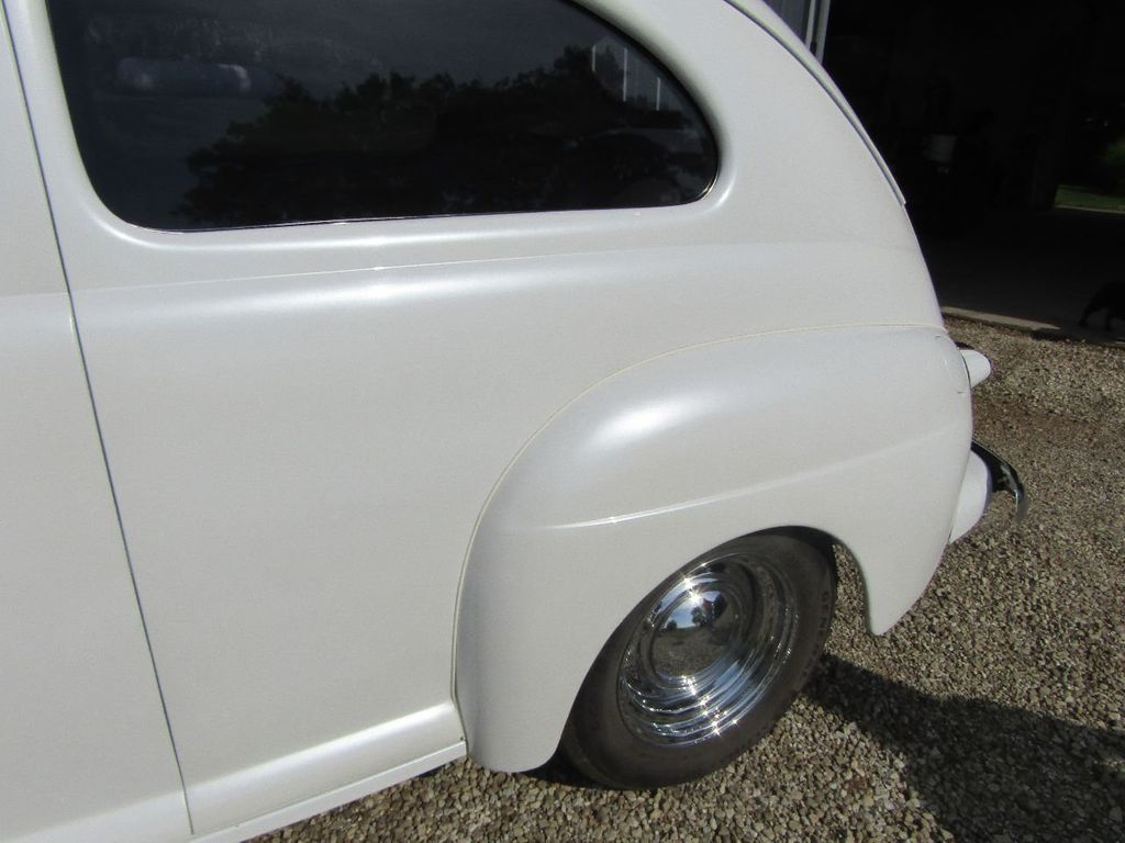 1948 Ford Sedan  - 16589501 - 40