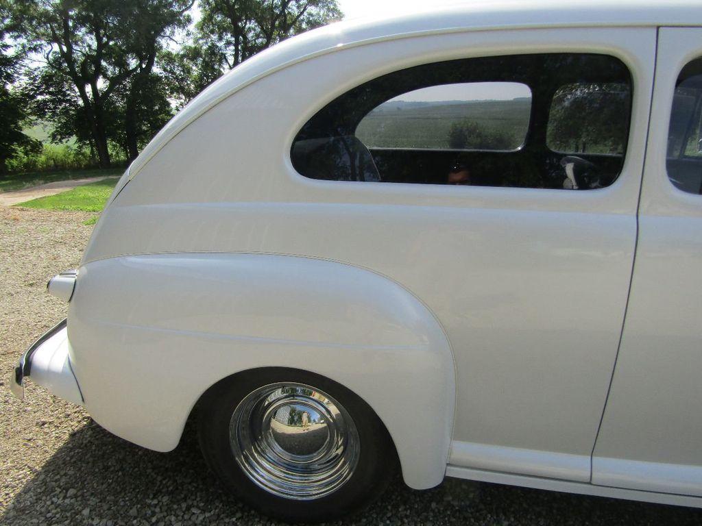 1948 Ford Sedan  - 16589501 - 42