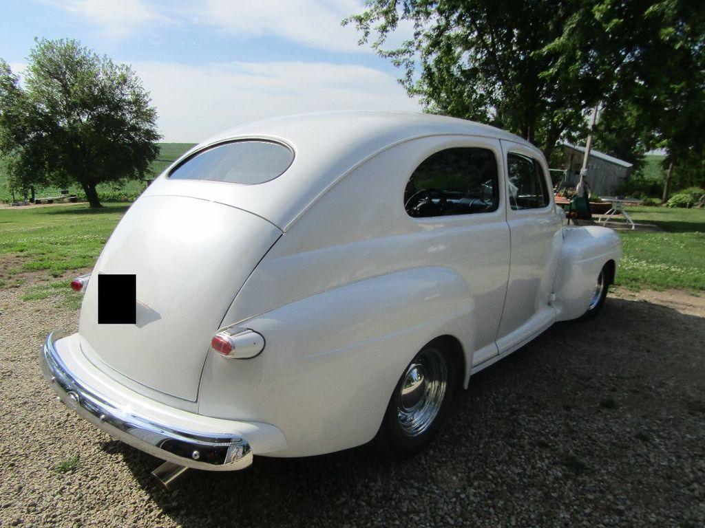 1948 Ford Sedan  - 16589501 - 4