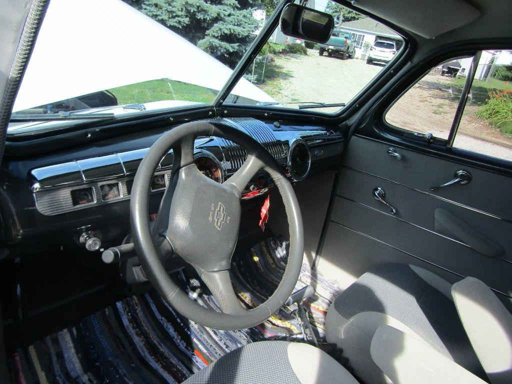 1948 Ford Sedan  - 16589501 - 8