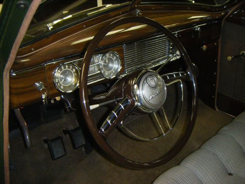 1949 PACKARD 8CYL 4DR Sedan - G265129CE - 17