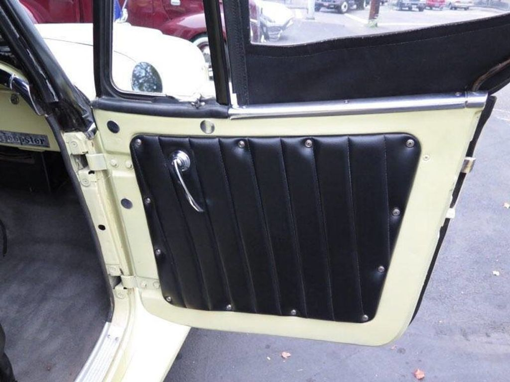 1950 Willys jeepster  - 17690949 - 26