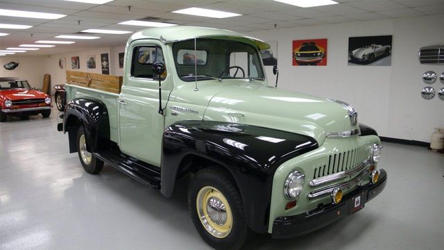 1952 Used International L-110 SHOW TRUCK at Find Great Cars