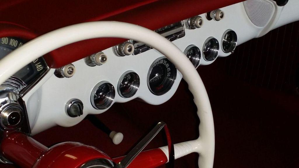 1954 Chevrolet Corvette  - 17183460 - 29