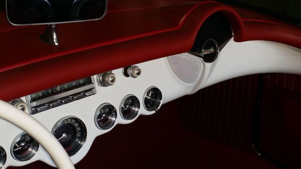1954 Chevrolet Corvette  - 17183460 - 30
