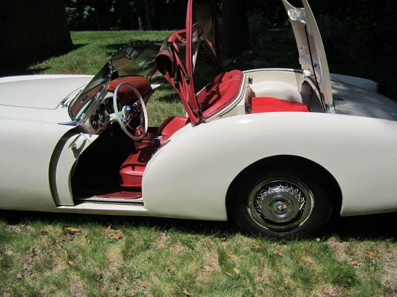 1954 Kaiser Darrin 161 - 14446194 - 12