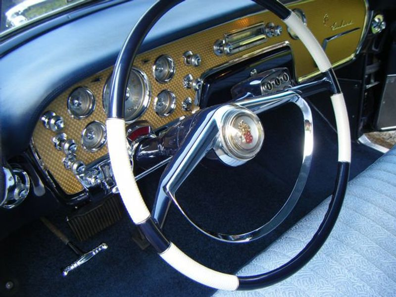 1956 PACKARD PATRICIAN 4DR - 3202760 - 1