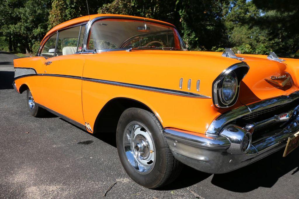 1957 Chevrolet Belair Hardtop - 18230774 - 10