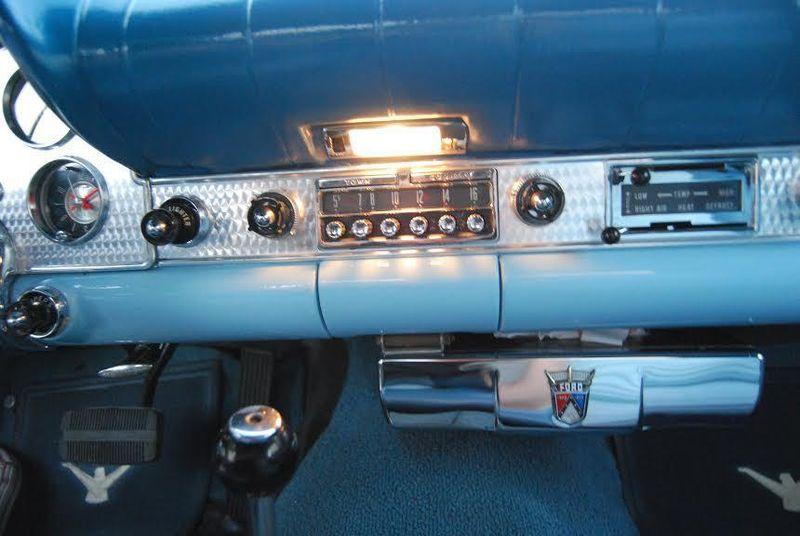 1957 Ford Thunderbird Model E - 12503414 - 17