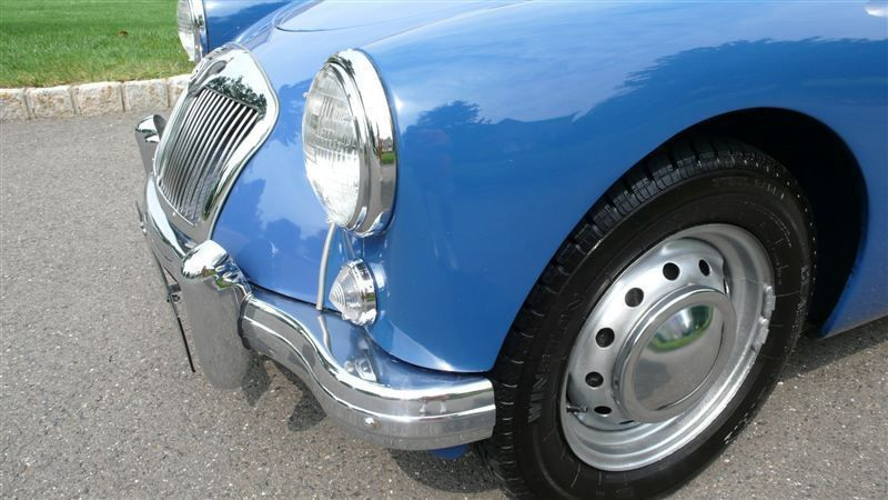 1957 MG MGA RESTORED - 7611616 - 19