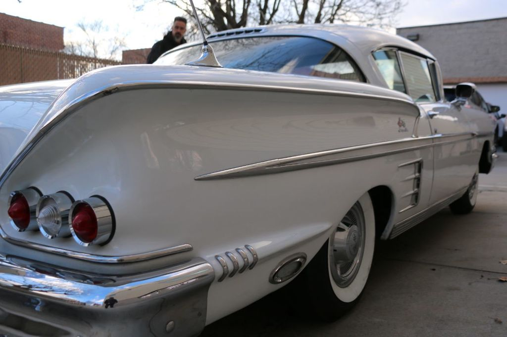 1958 Chevrolet Impala Tri-Power - 18406300 - 22