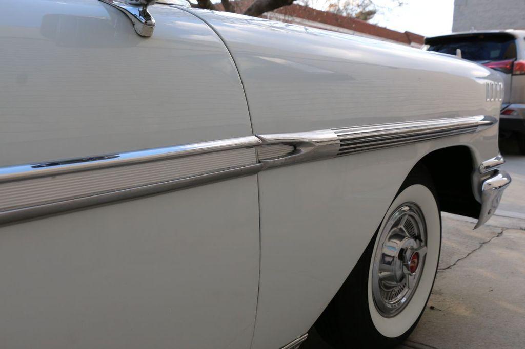 1958 Chevrolet Impala Tri-Power - 18406300 - 24
