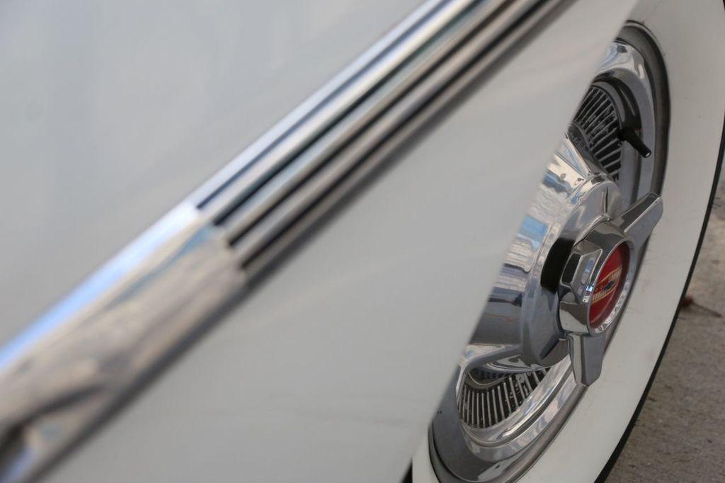 1958 Chevrolet Impala Tri-Power - 18406300 - 25
