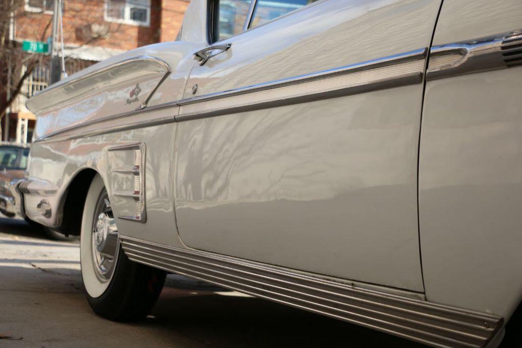 1958 Chevrolet Impala Tri-Power - 18406300 - 35