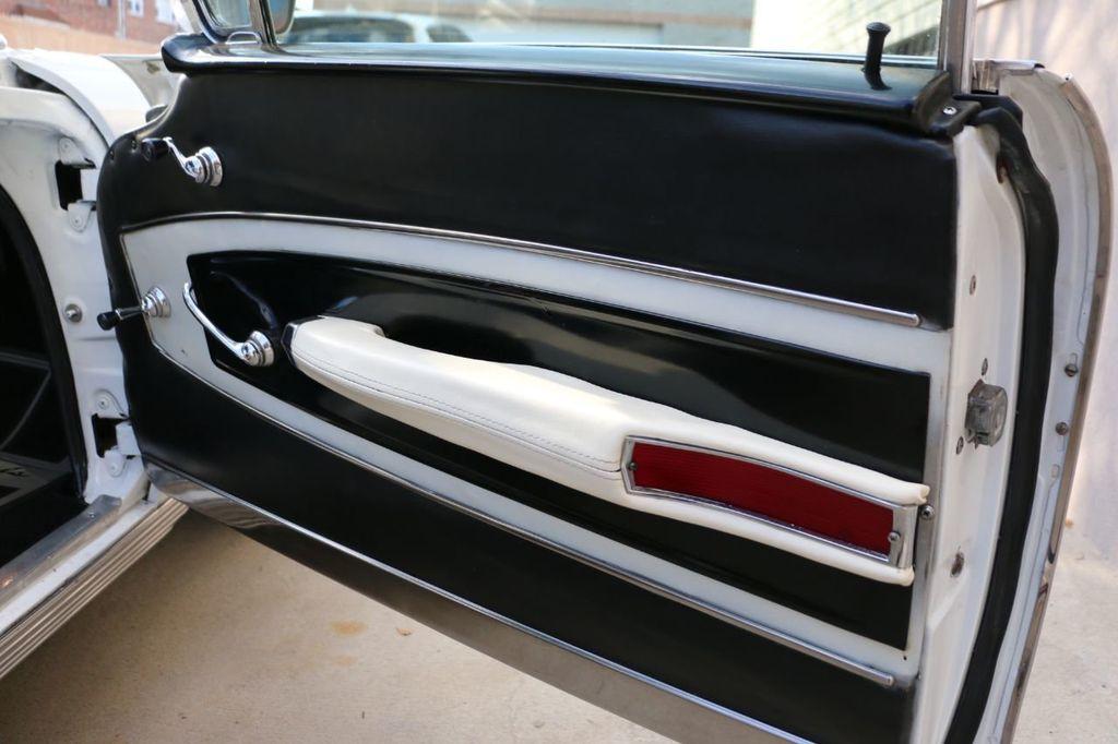 1958 Chevrolet Impala Tri-Power - 18406300 - 87