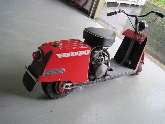 1959 Cushman Highlander Scooter - 15110906 - 4