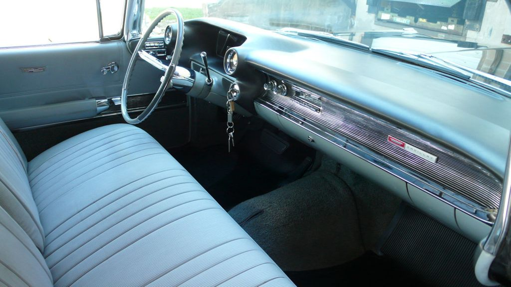 1960 Cadillac COUPE  - 17581390 - 34