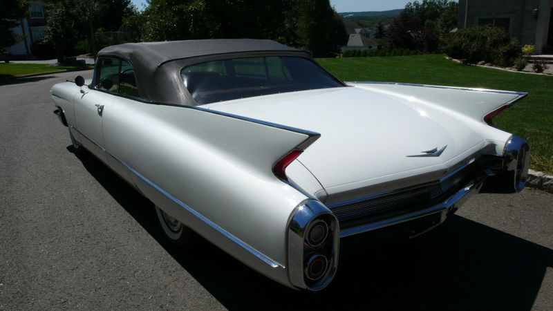 1960 Cadillac SERIES 62 ORIGINAL - 10960086 - 30