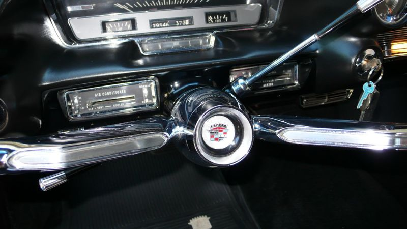 1960 Cadillac SERIES 62 ORIGINAL - 10960086 - 61