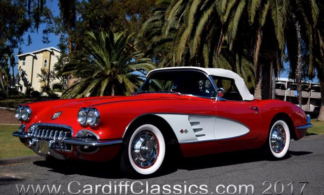 1960 Chevrolet Corvette  - Click to see full-size photo viewer