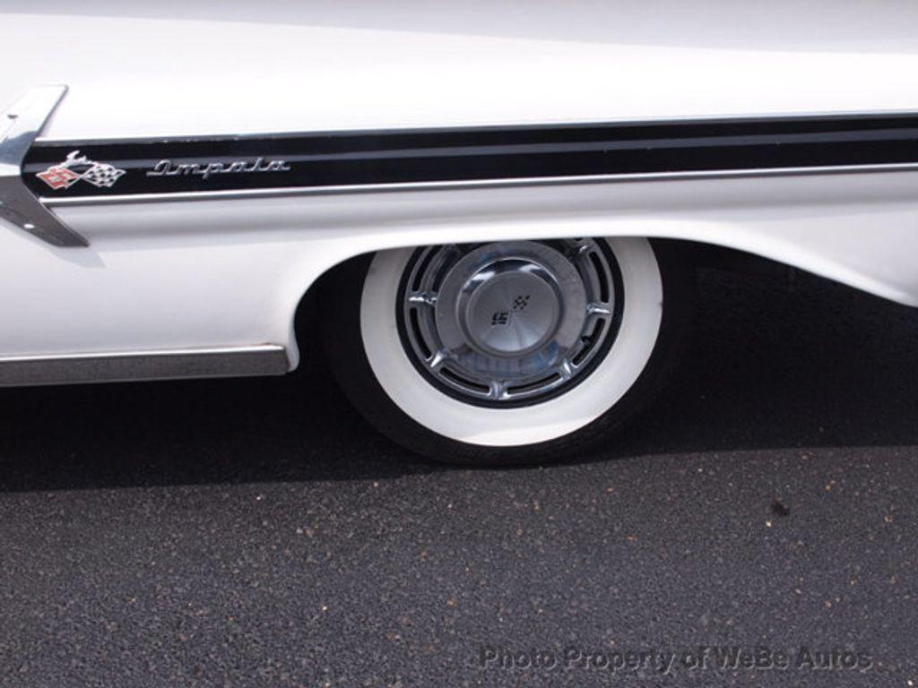 1960 Chevrolet Impala  - 17556667 - 66