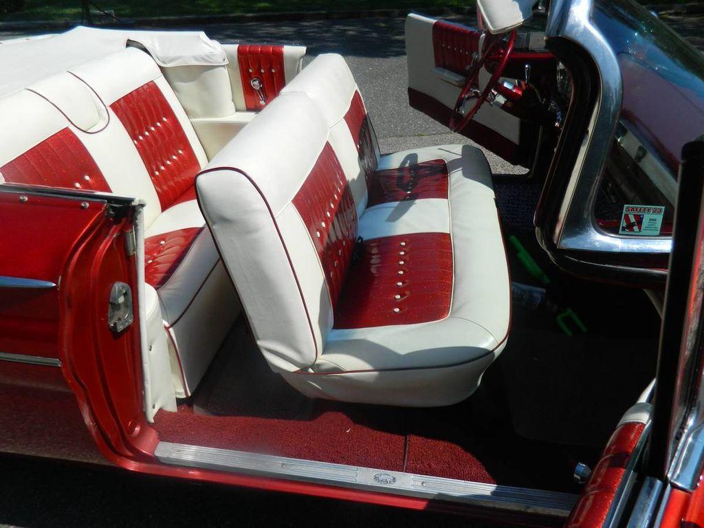 1960 Pontiac Catalina For Sale - 16630439 - 10