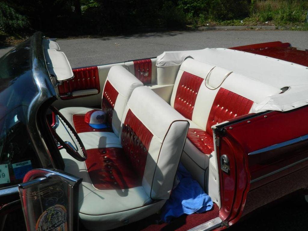 1960 Pontiac Catalina For Sale - 16630439 - 11
