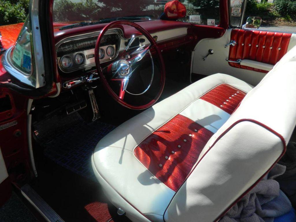 1960 Pontiac Catalina For Sale - 16630439 - 7