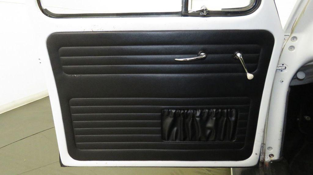 1960 Volkswagen Beetle  - 17084533 - 24