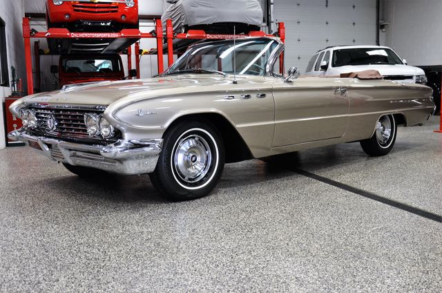 1961 Buick LeSabre Convertible  - Click to see full-size photo viewer