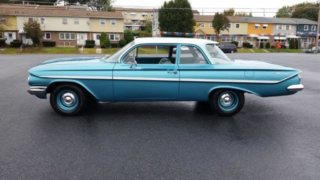1961 Chevrolet Bel Air Flat Top - Click to see full-size photo viewer