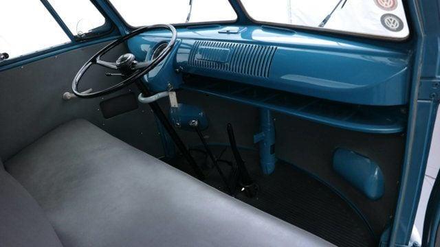 1961 Volkswagen Transporter 2dr pickup - 17084538 - 14