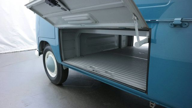 1961 Volkswagen Transporter 2dr pickup - 17084538 - 21