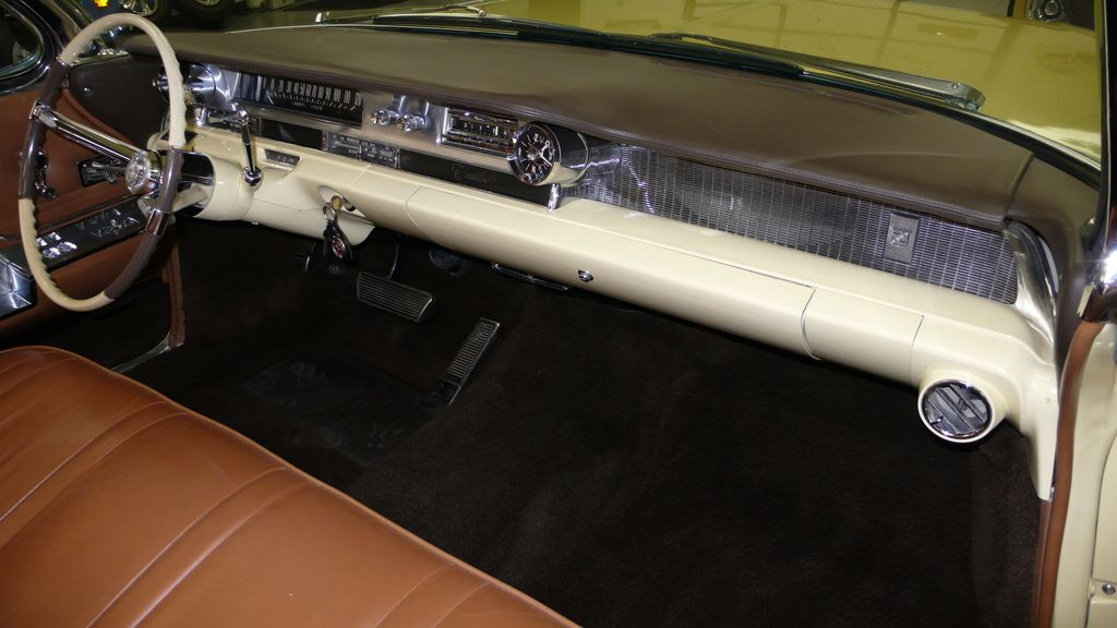 1962 Cadillac SERIES 62 RESTORED - 9699949 - 13