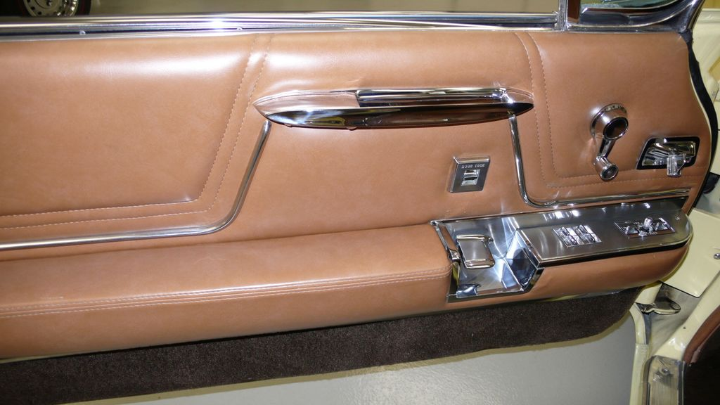 1962 Cadillac SERIES 62 RESTORED - 9699949 - 28