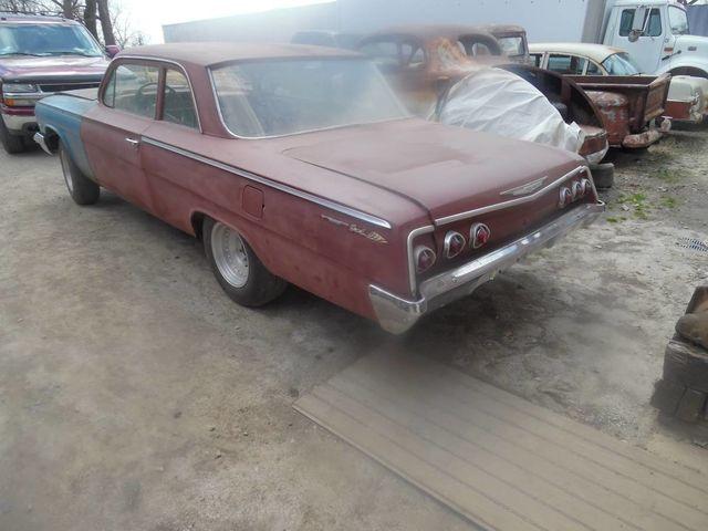 1962 Chevrolet BelAir Post