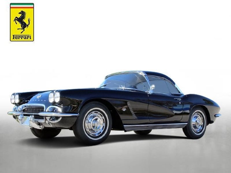 1962 Chevrolet corvette  - Click to see full-size photo viewer
