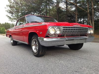 1962 Chevrolet Impala 2 Door Hardtop Sport Coupe - Click to see full-size photo viewer