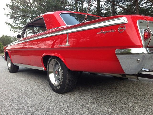 1962 Chevrolet Impala SOLD 2 Door Hardtop Sport Coupe - 15383870 - 23