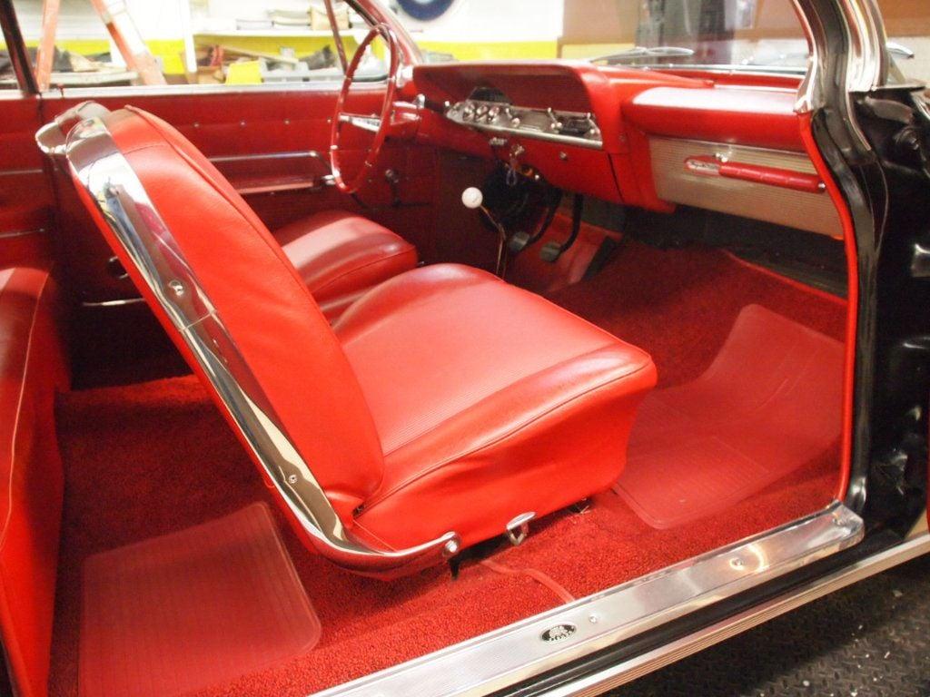1962 Chevrolet Impala SS - 17552916 - 97